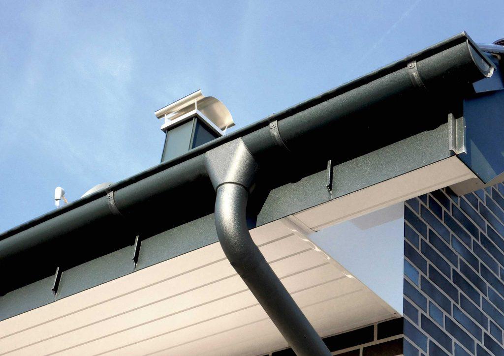 Aluminium-Dachentwässerung | Sortiment Janssen Dach