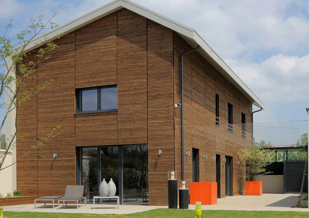 Holzverbundstoffe-Fassade | Sortiment Janssen Dach